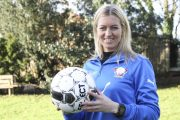 Fodboldspiller Janni Arnth har Girlpower