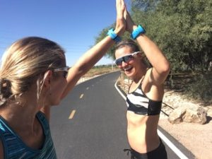 Maja stage Åsa Lundstrøm triatlon Hawaii highfives