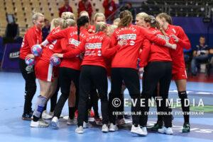 I aften skal de danske håndboldkvinder i aktion til Golden League-turneringen