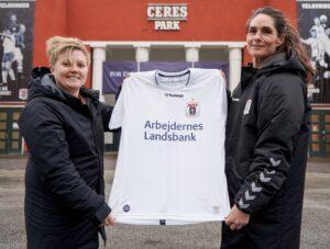 AGF Kvindefodbold Katrine S Pedersen træner